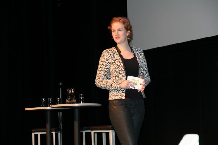 Anne Marije Buckens CNV Small